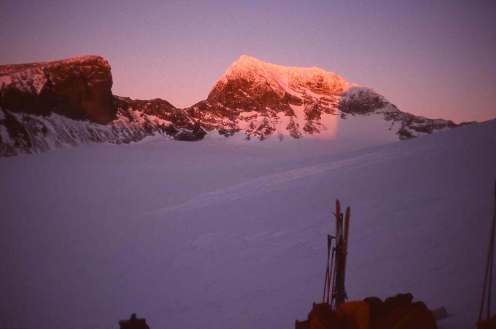 Vinter- og aftenudsigt til Norges højeste fjeld, Galdhöpiggen